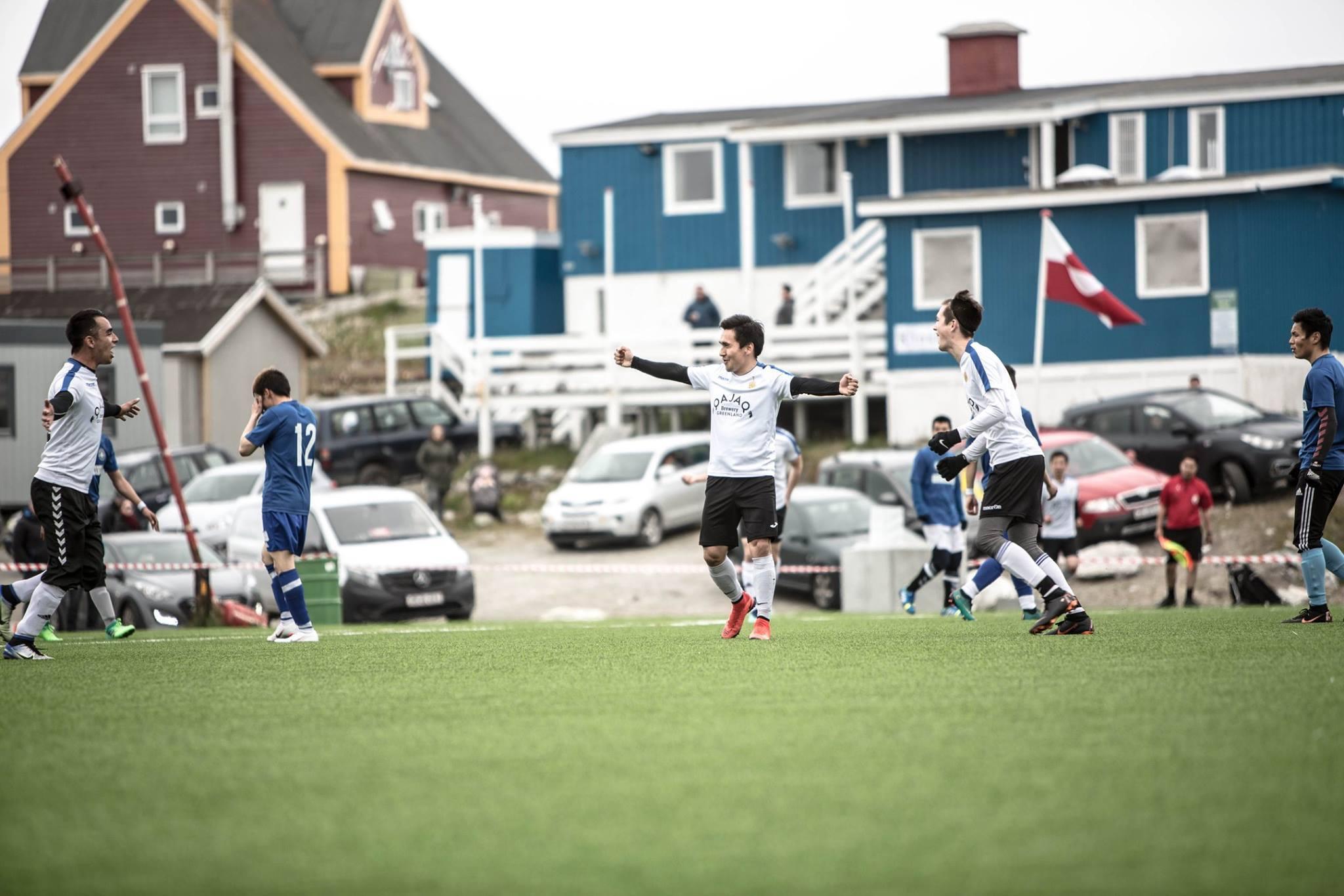 Самое короткое футбольное соревнование в мире: в Гренландии сезон длится одну неделю (+Фото, Видео) - изображение 4