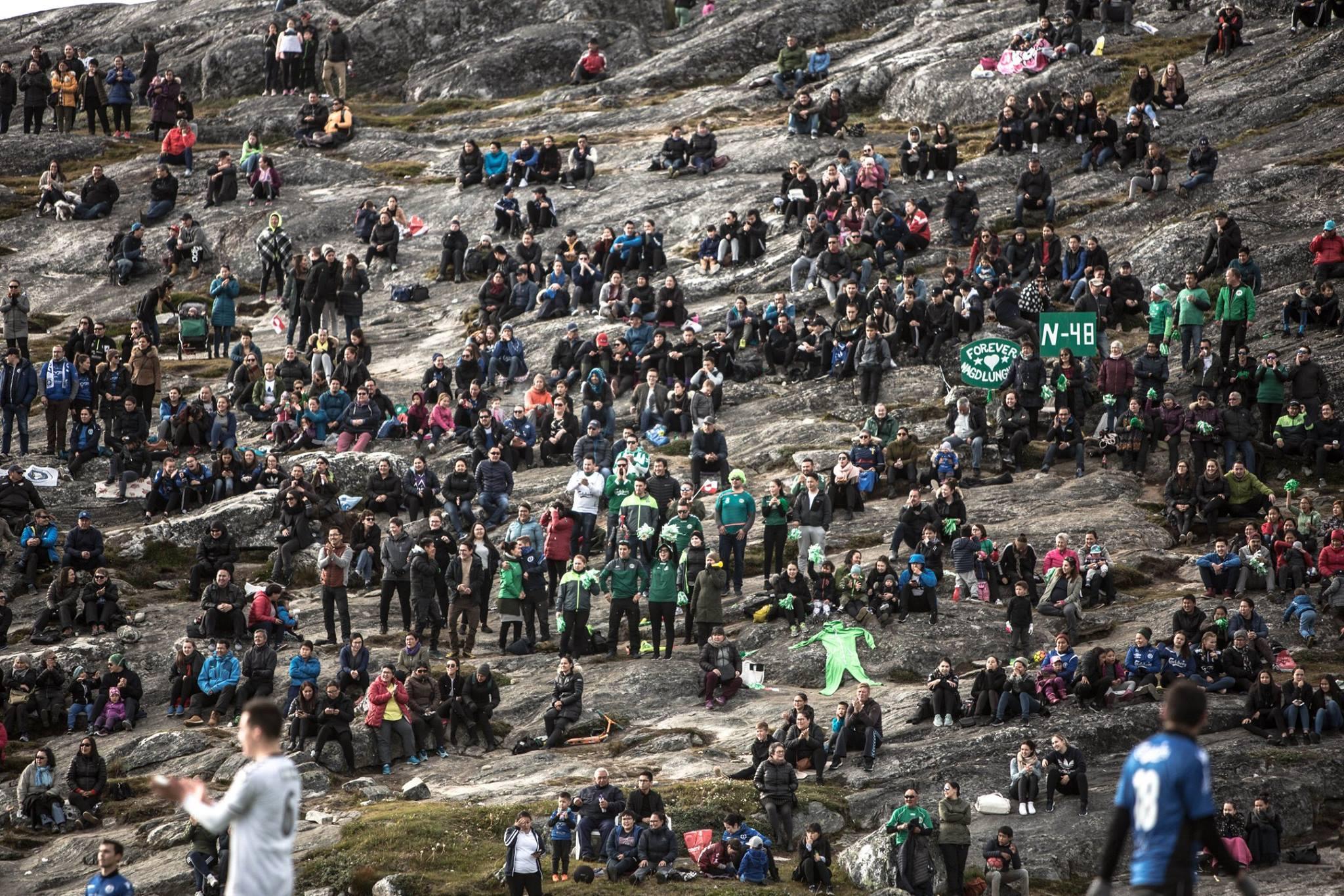 Самое короткое футбольное соревнование в мире: в Гренландии сезон длится одну неделю (+Фото, Видео) - изображение 28